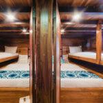 samara II, luxury yacht charter komodo