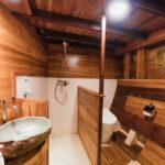 Das Ensuite-Badezimmer S1